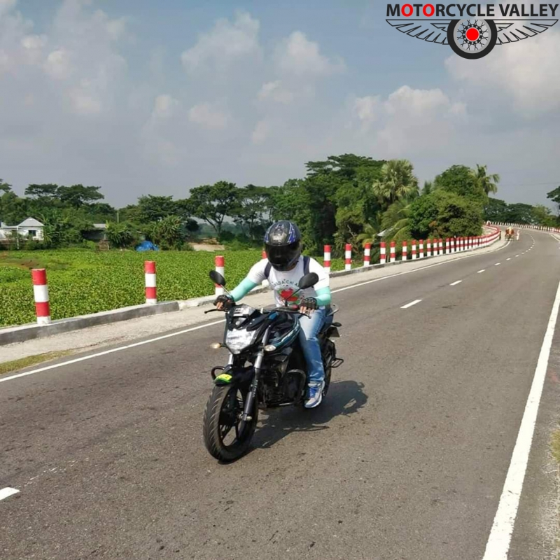 1594450031_yamaha-fzs-v2-25000-km-user-review-by-faisal.jpg