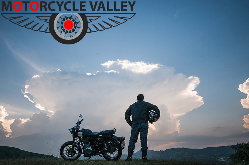 Attitude-of-a-real-biker