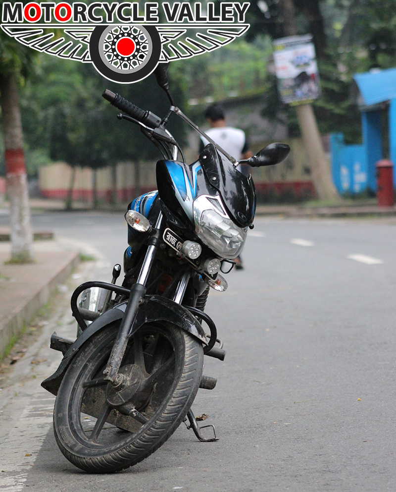 Bajaj-Discover-100-user-review-by-Mumit-Hasan
