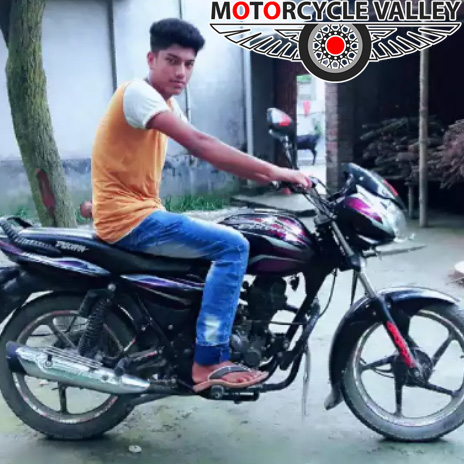 Bajaj-Discover-100cc-user-review-by-Roni-Islam