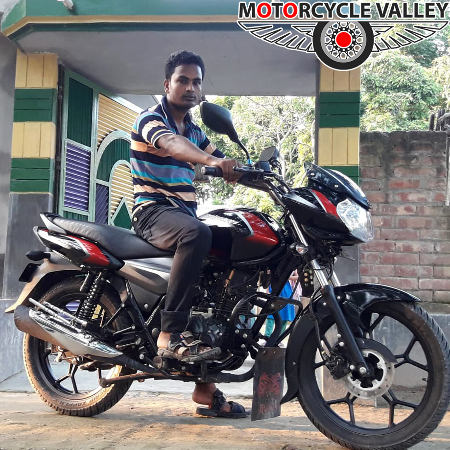 Bajaj-Discover-125-Disc-user-review-by-Mojaffor-Hossain