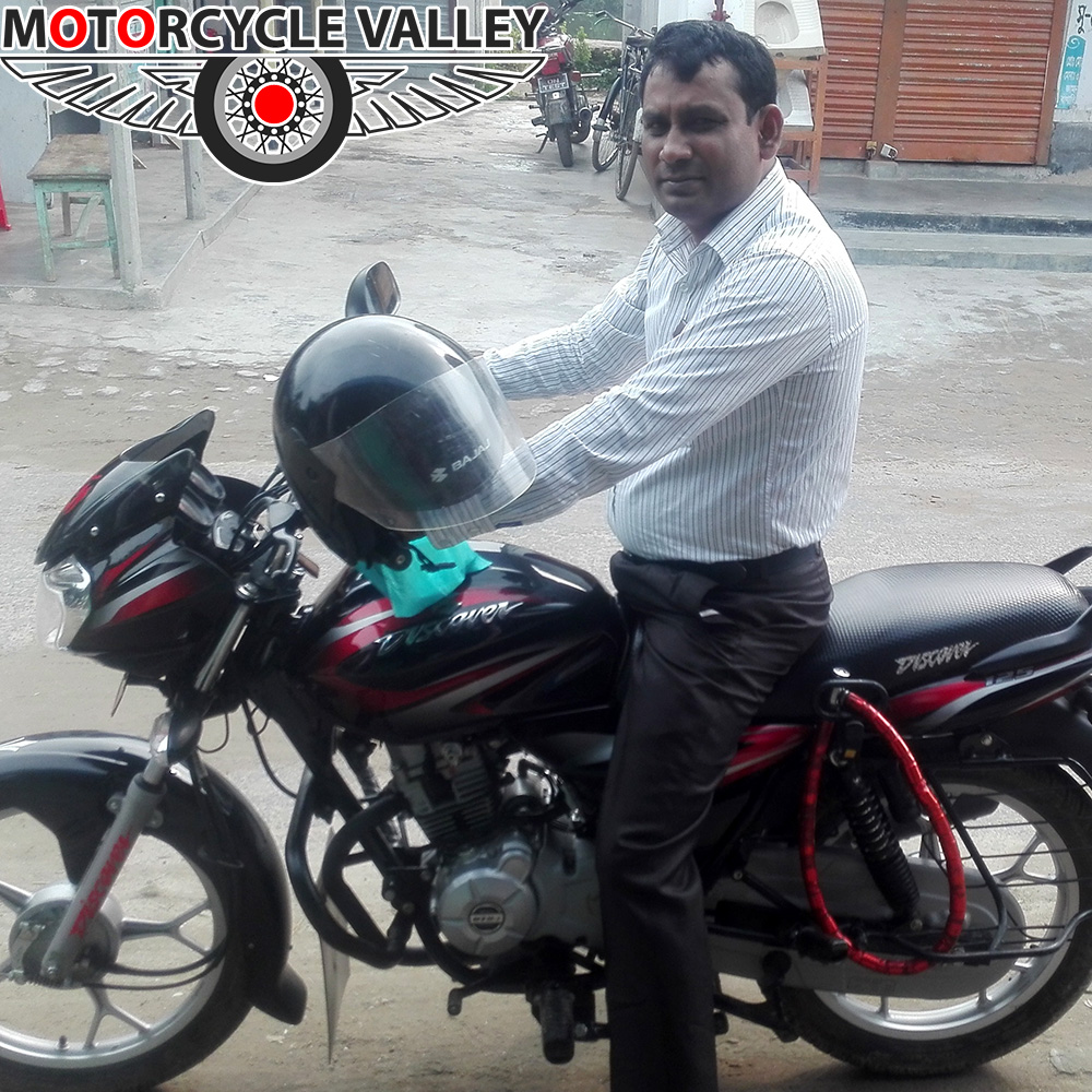 Bajaj-Discover-125-user-review-by-Manikuzzaman