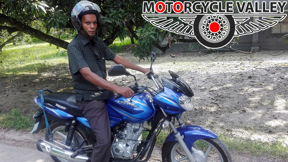 Bajaj-Discover-125-user-review-by-Mozammerl-Haq