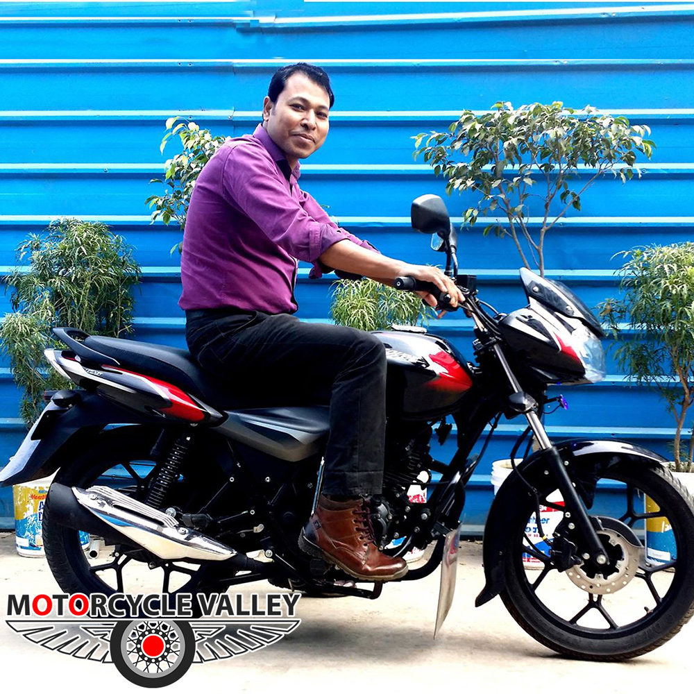 Bajaj-Discover-125-user-review-by-Rumi