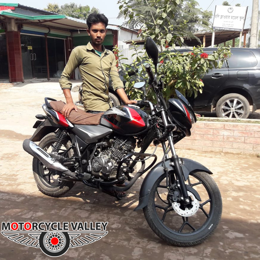 Bajaj-Discover-125-user-review-by-Sagor