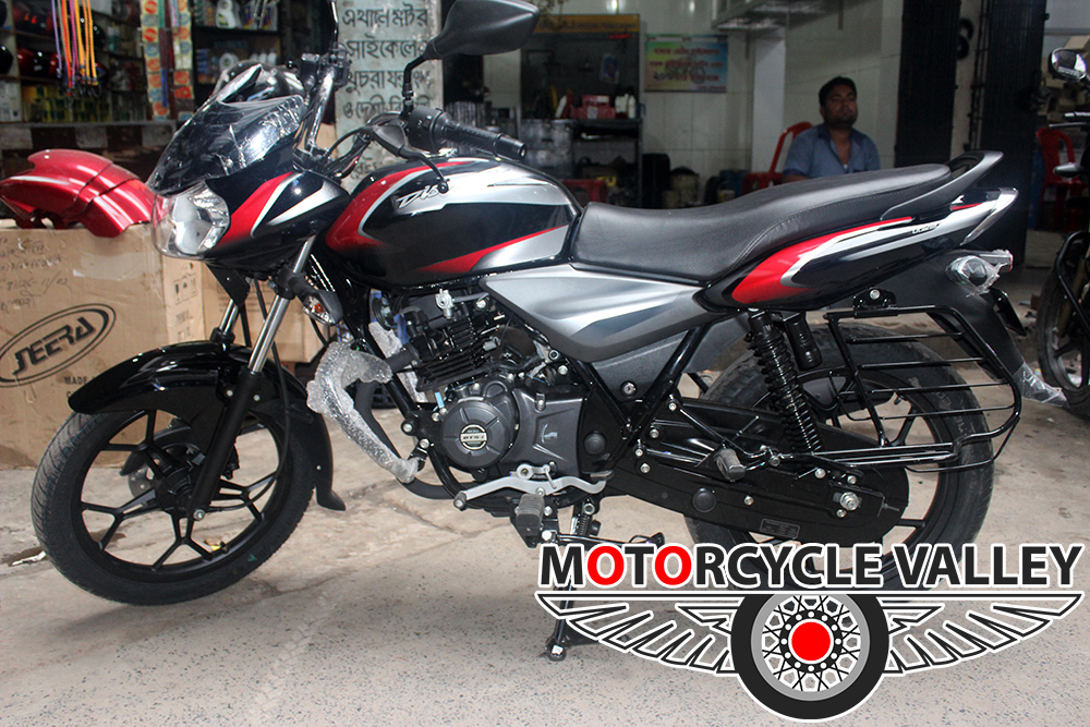 Bajaj-Discover-125cc-2018-Feature-Review