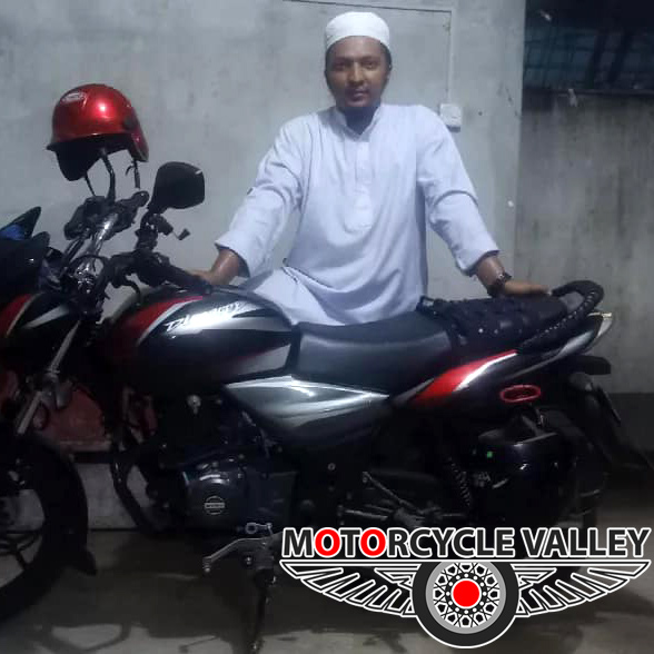 Bajaj-Discover-125cc-user-review-by-Abu-Zafar