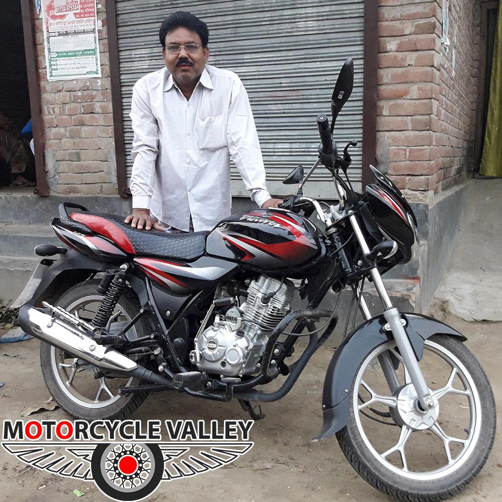 Bajaj-Discover-125cc-user-review-by-Dulal-Hossain