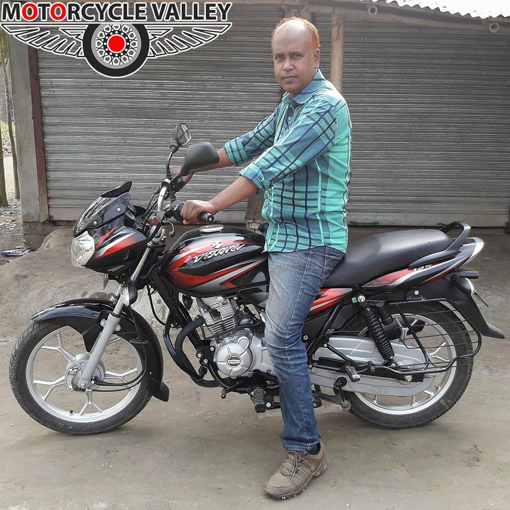 Bajaj-Discover-125cc-user-review-by-Nazrul-Islam
