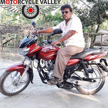 Bajaj-Discover-125cc-user-review-by-Saidur-Rahman