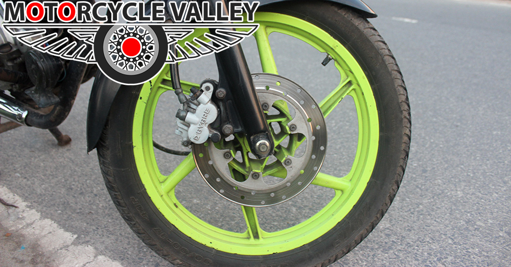 Bajaj-Pulsar-150-user-review-by-Joy-brake