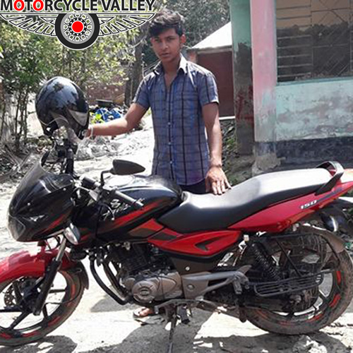 Bajaj-Pulsar-150cc-user-review-by-Sazal-Ali