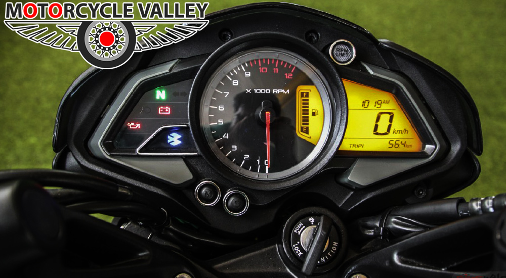 Bajaj-Pulsar-NS160-Meter-Review