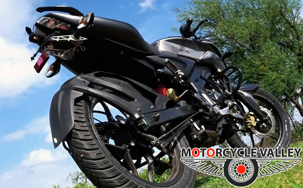 Bajaj-Pulsar-NS160-Tires-Review
