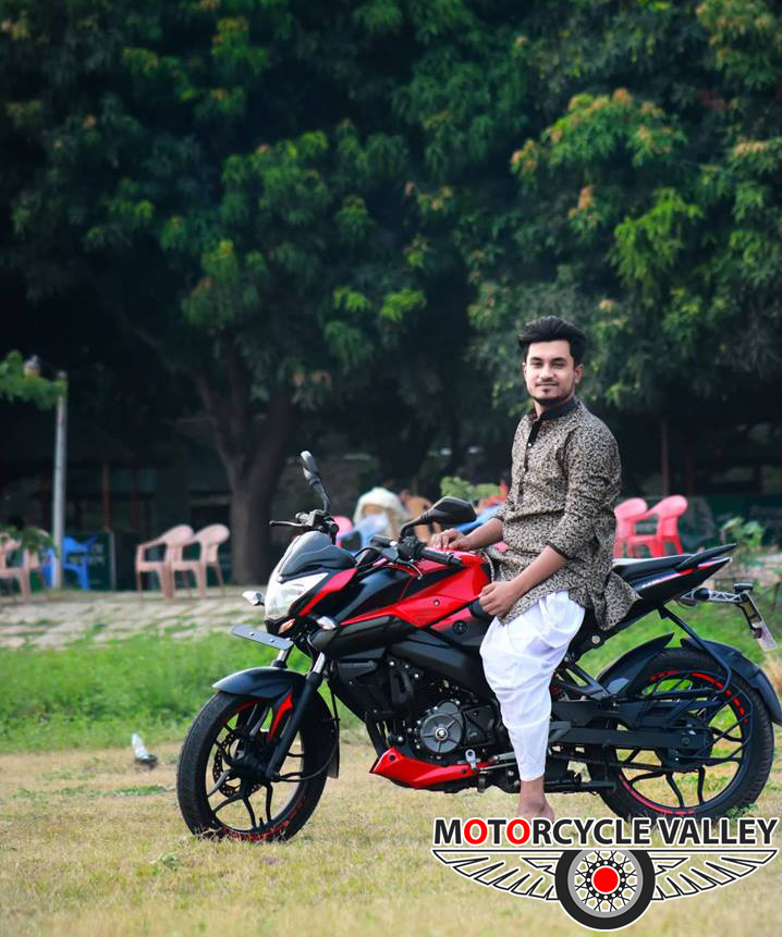 Bajaj-Pulsar-NS160-user-review-by-AR-Mubassir-02