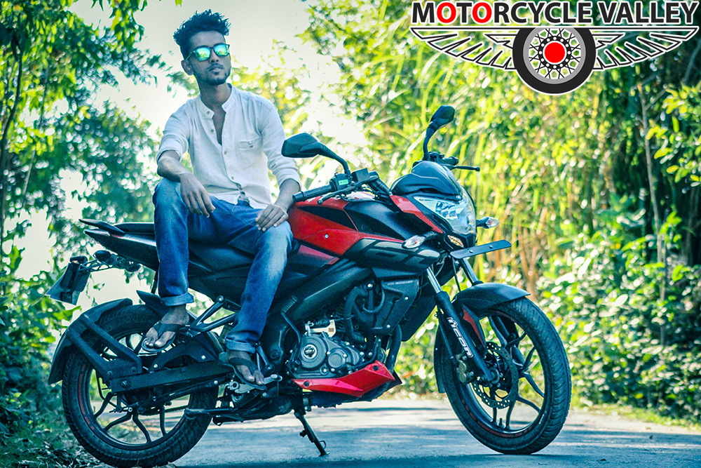 Bajaj-Pulsar-NS160-user-review-by-Sabbir-Sawon