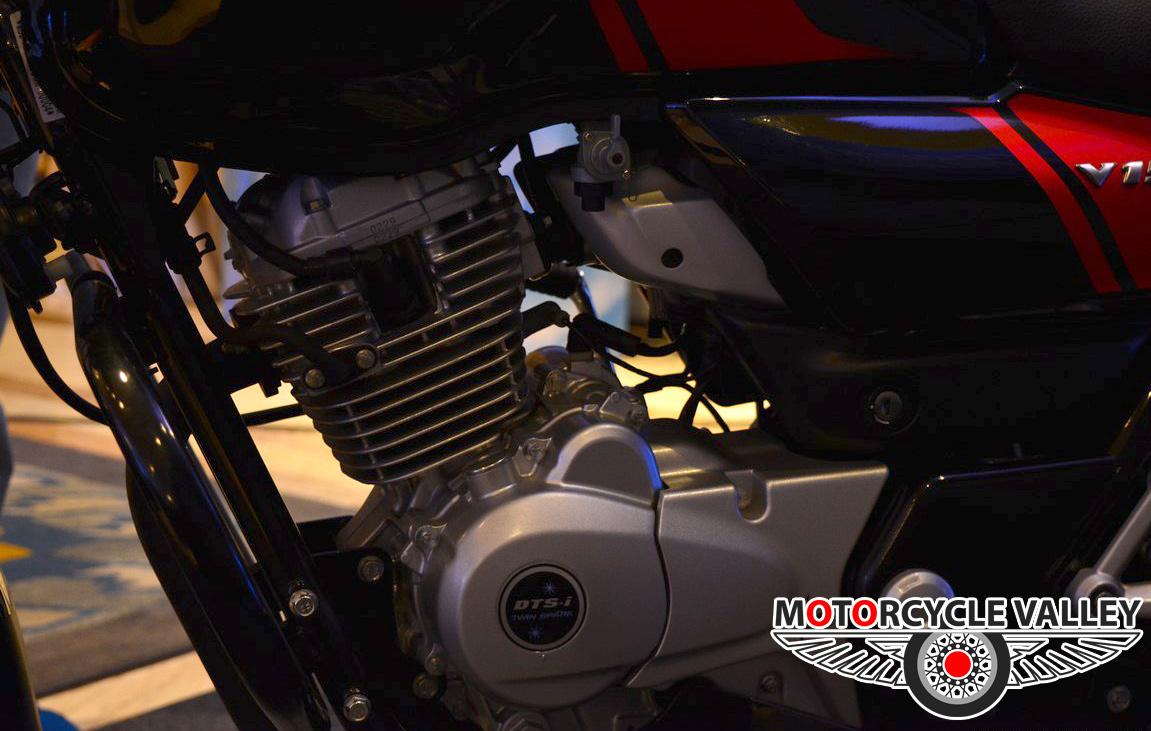 Bajaj-V15-engine