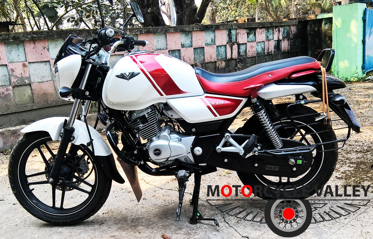 Bajaj-V15-user-review-by-Mahbub-Munna-full-bike