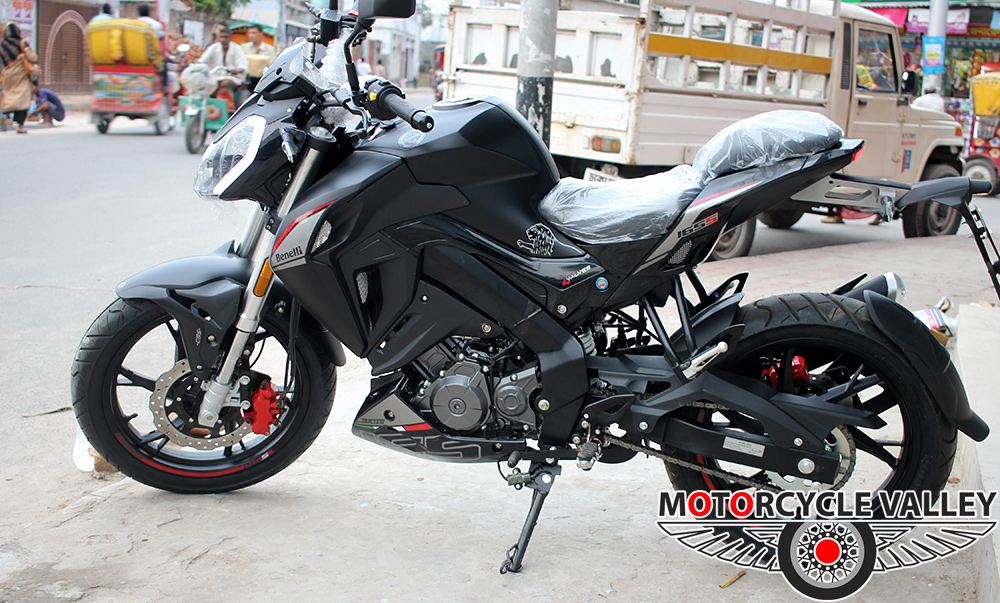 Benelli-165s-Features-Review-Dimension