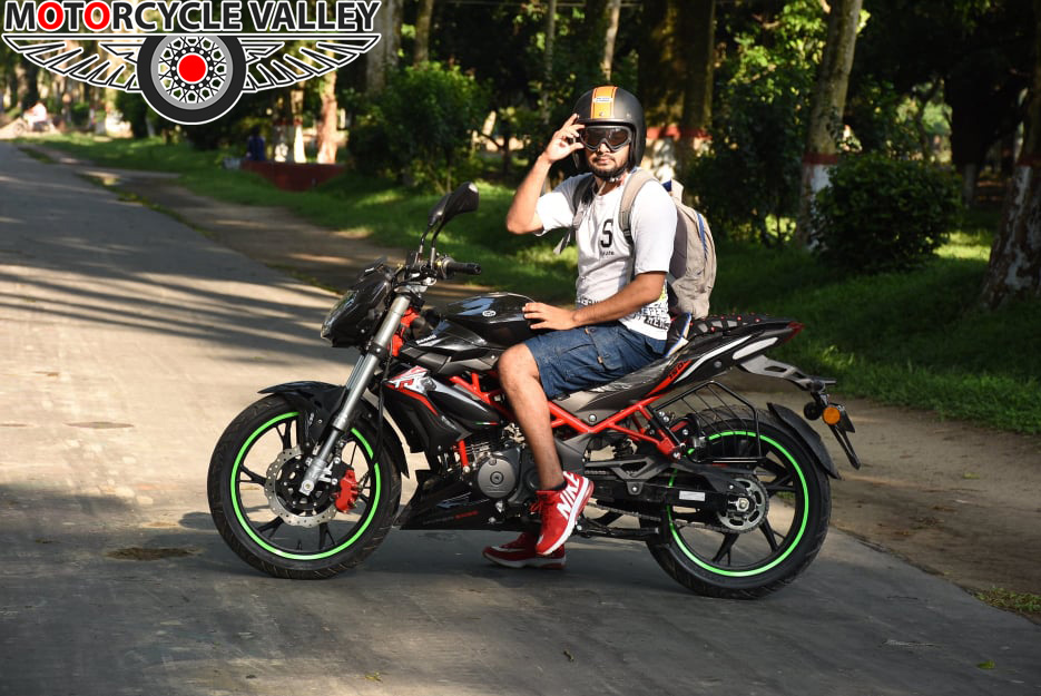 Benelli-TNT-150-user-review-by-Iftikhar-Ahammed-03