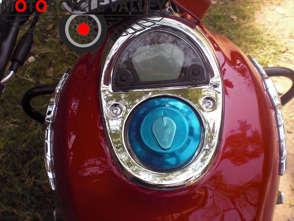 Haojue-TR-150-user-review-by-Wasim-Reza-fuel-tank
