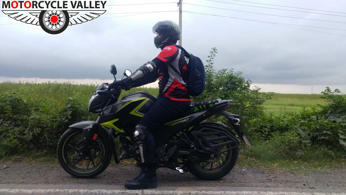 Honda-CB-Hornet-160R-2000km-riding-experience-review-by-Asif-Reza