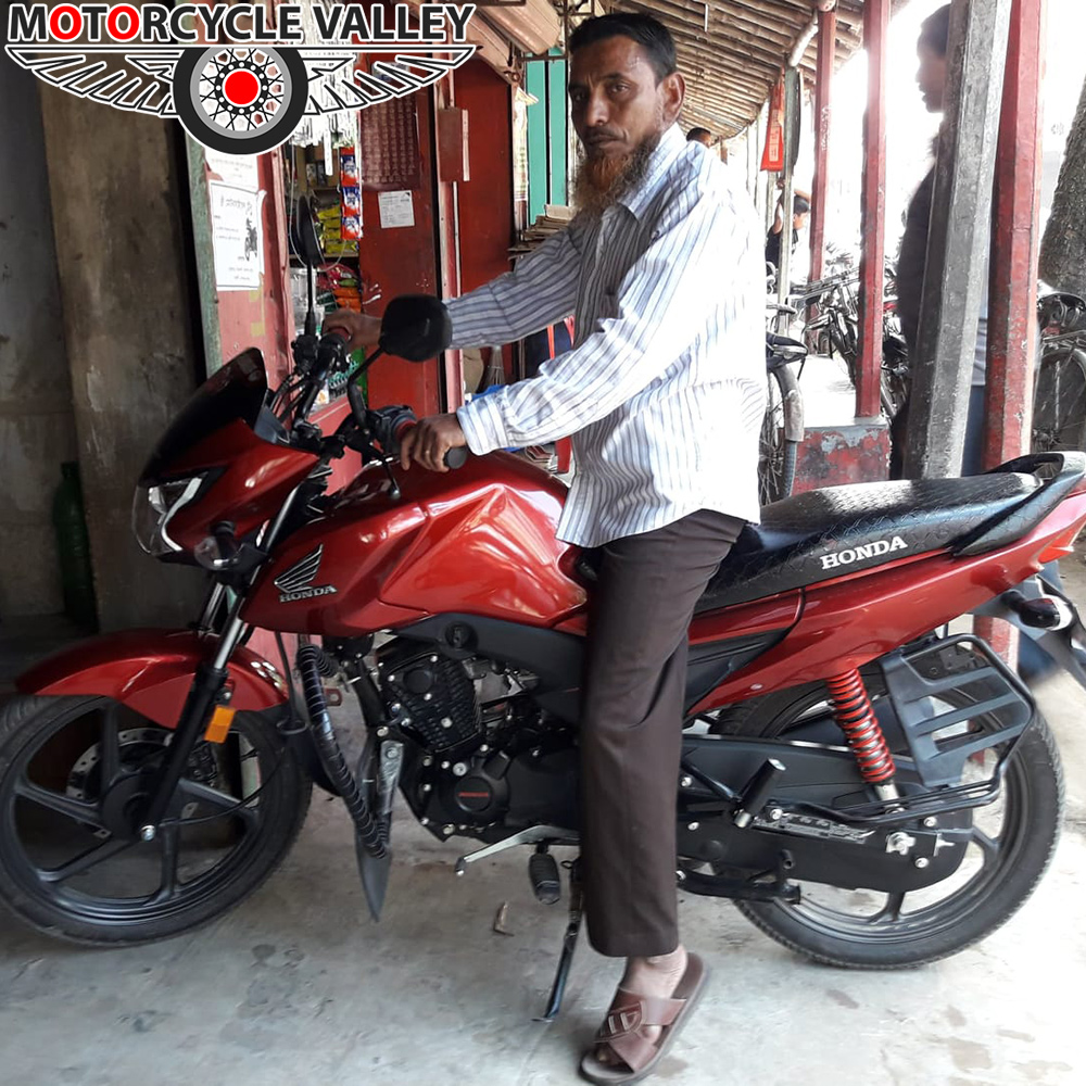 Honda-Livo-user-review-by-Aulia