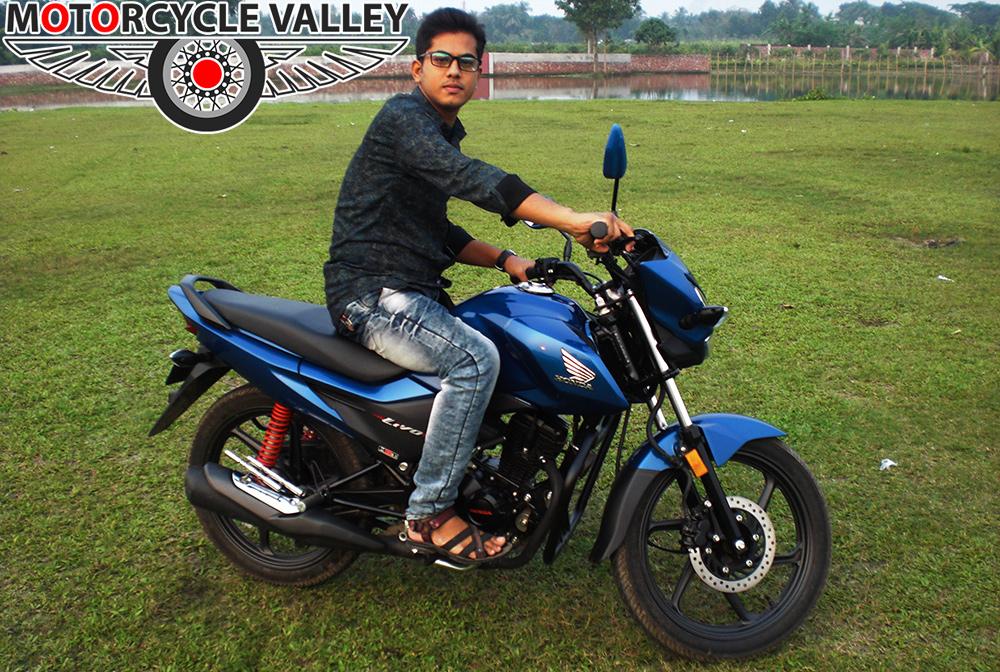 Honda-Livo-user-review-by-Rahi