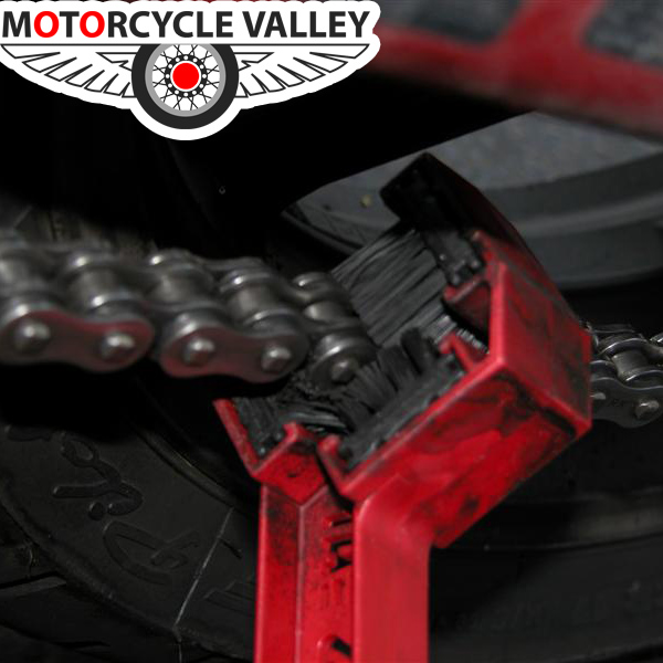 How to clean motorcycle chain