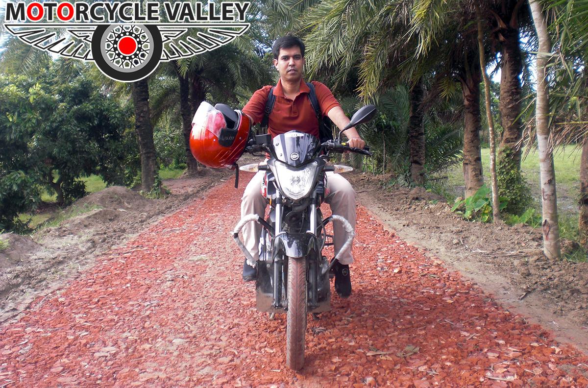 Keeway-RKS-100-Review-by-Team-MotorcycleValley-alam