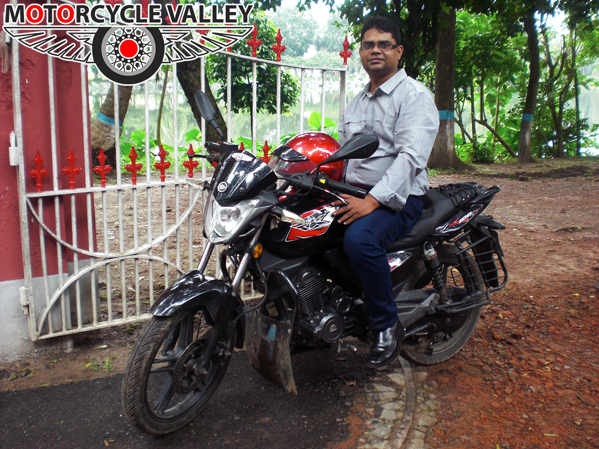 Keeway-RKS-100-Review-by-Team-MotorcycleValley-maruf