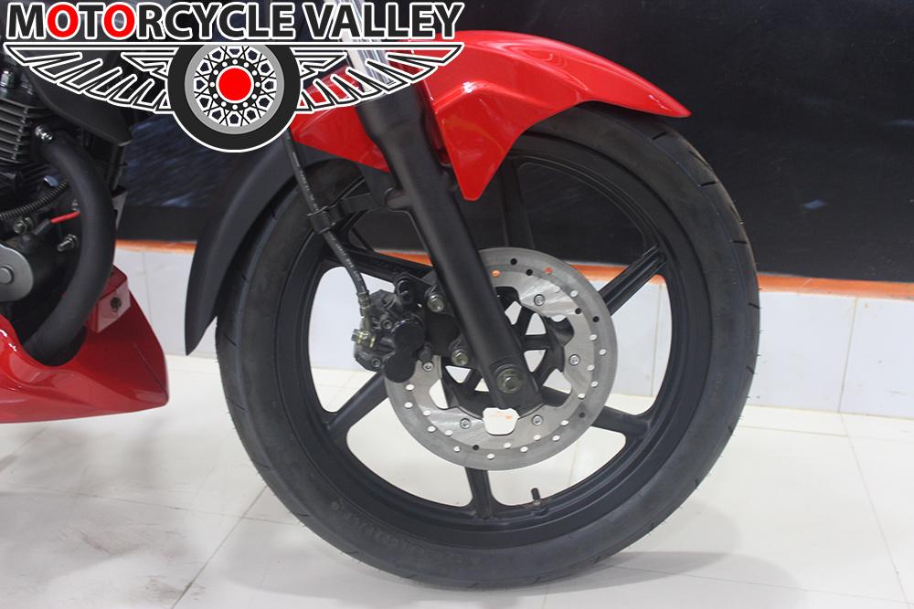 Keeway-RKS-125-front-tire-suspension-brake