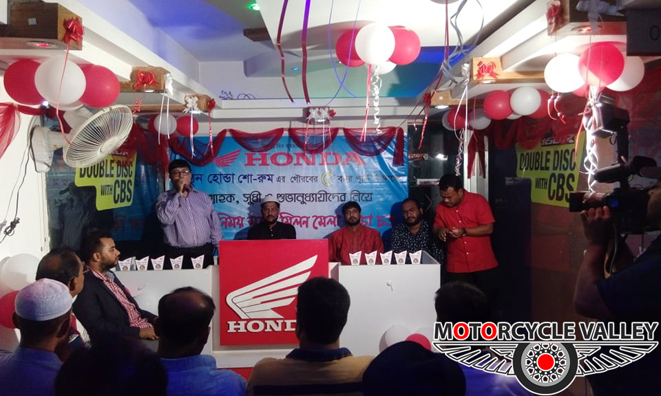Mithun-Honda-celebrating--5-years