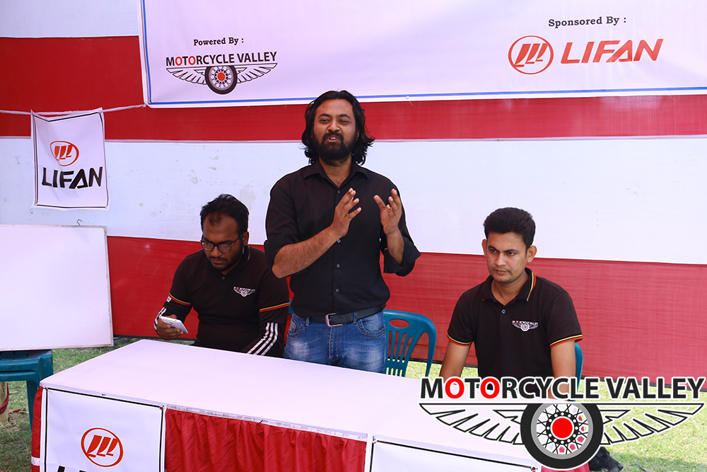 MotorcycleValley-organized-a-theory-class-at-Motolab