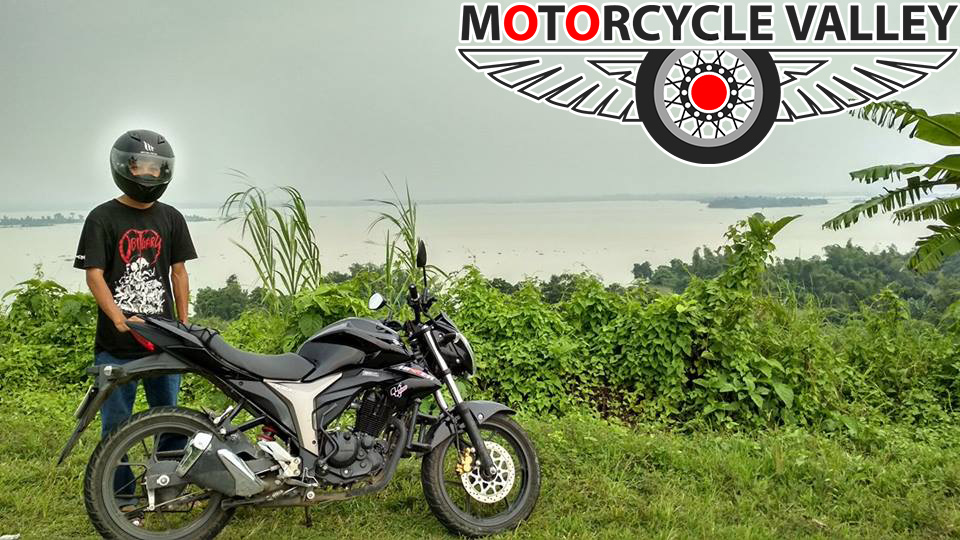 Suzuki-Gixxer-user-review-by-Kakon-Chakma