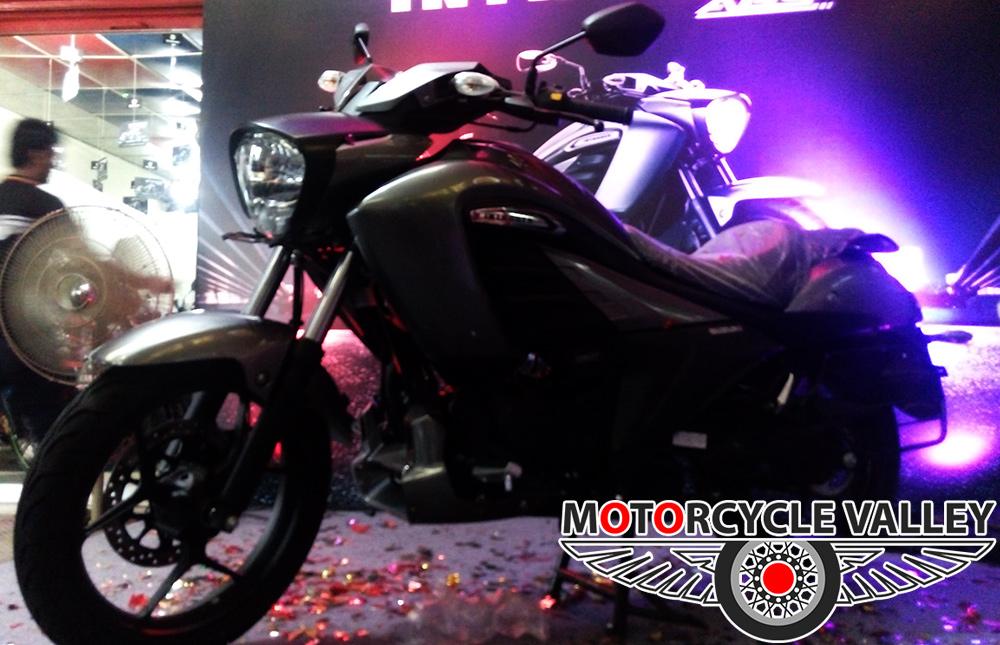 Suzuki-Intruder-in-Rajshahi-bike