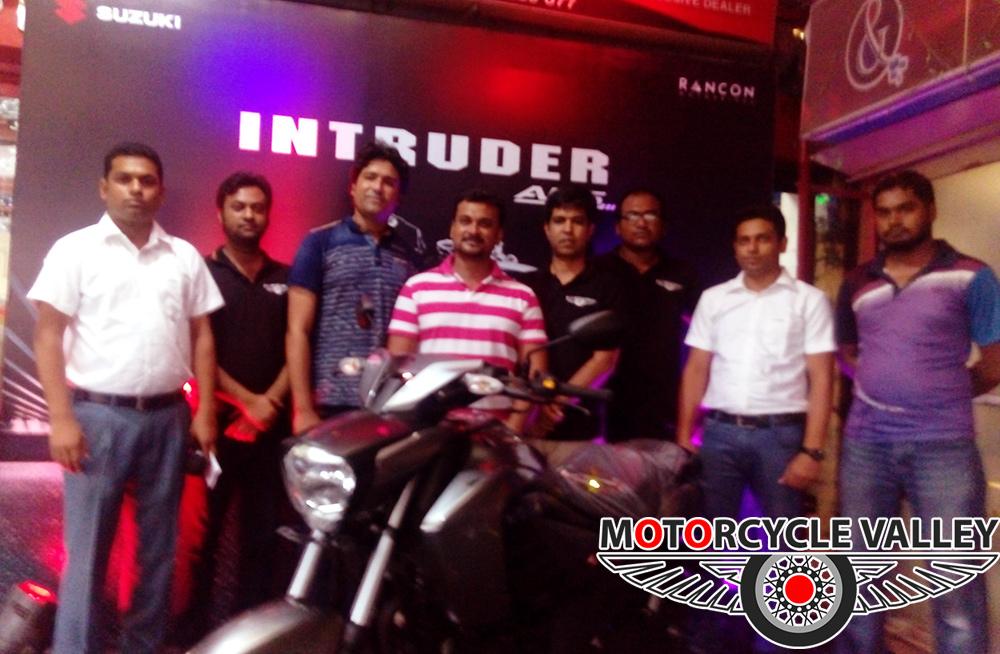 Suzuki-Intruder-in-Rajshahi-group