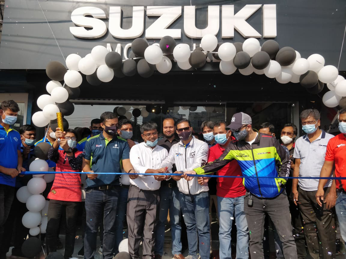 Suzukis-new-showroom-Rafid-Motors-opened-in-Natore
