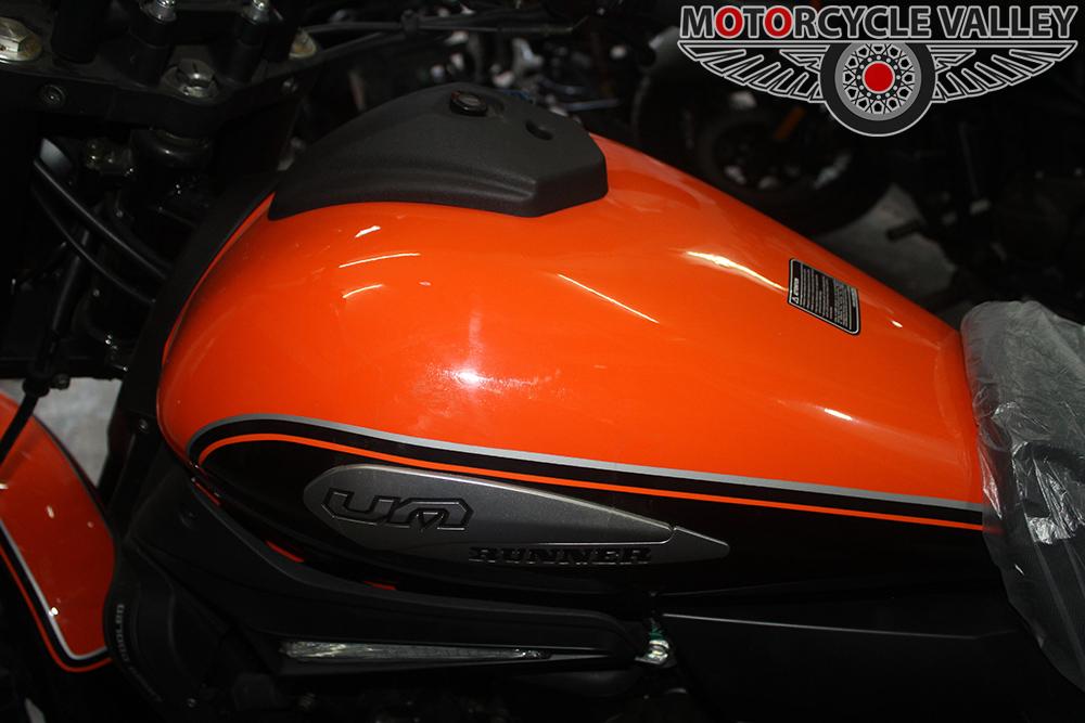 UM-Runner-Renegade-Sport-Feature-Review-Fuel-Tank
