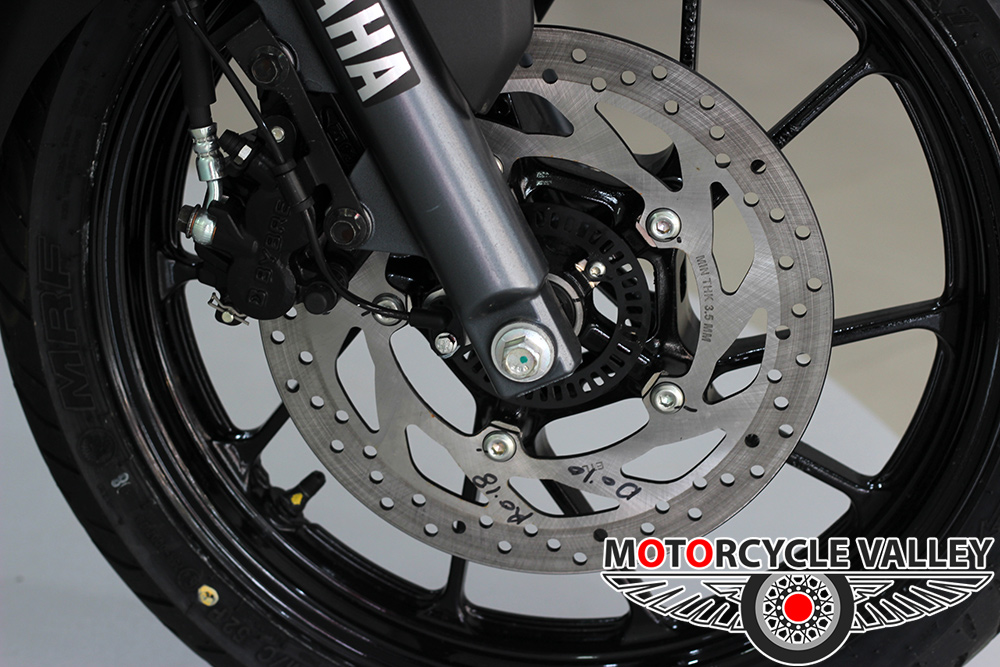 Yamaha-FZ-Fi-v3-Feature-Review-Brakes