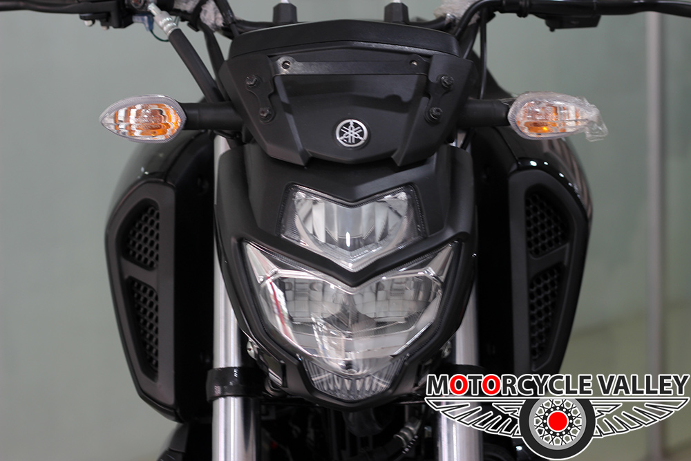Yamaha-FZ-Fi-v3-Feature-Review-Headlamp