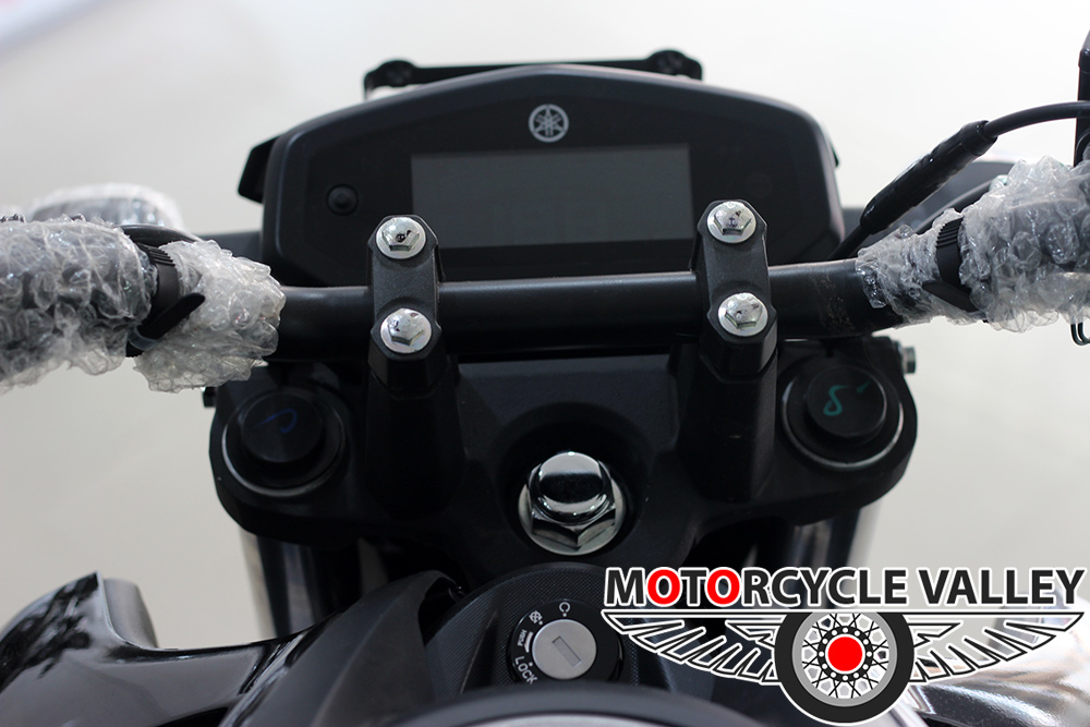 Yamaha-FZ-Fi-v3-Feature-Review-Meter