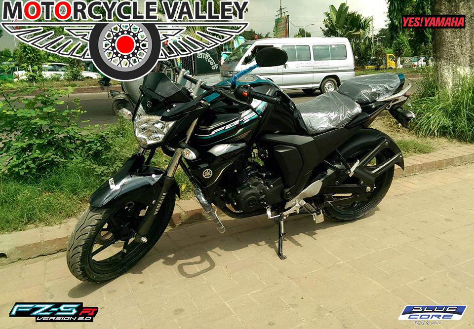 Yamaha-FZS-Fi-comfort-user-review-by-Faisal-Ahmed