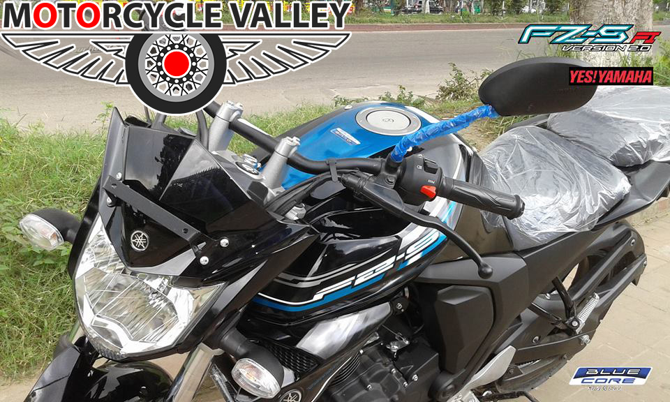Yamaha-FZS-Fi-others-user-review-by-Faisal-Ahmed