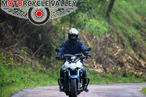 Yamaha-FZS-Fi-v2-user-review-by-Chakma-Srabon-2