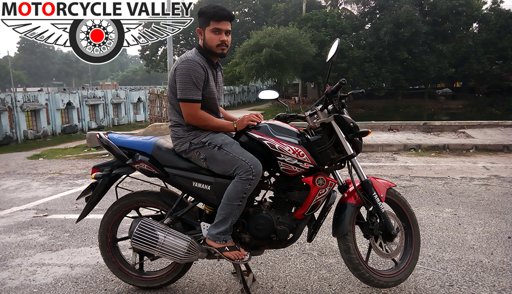 Yamaha-FZS-user-review-by-Rubaiyat-Zaman-Abir