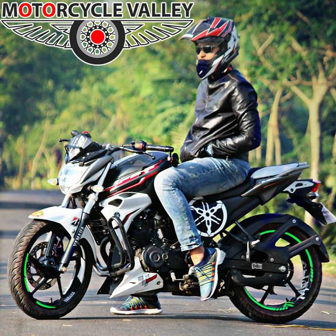 Yamaha-FZS-v2-user-review-by-Minhaj-Jidny
