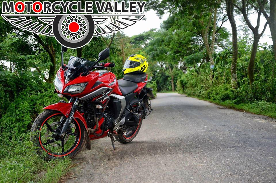 Yamaha-Fazer-Fi-user-review-by-Arash-Afsarul