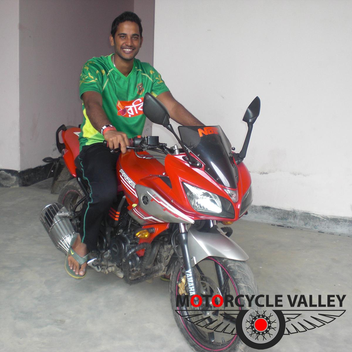 Yamaha Fazer Motorcycle review by Muktar Ali
