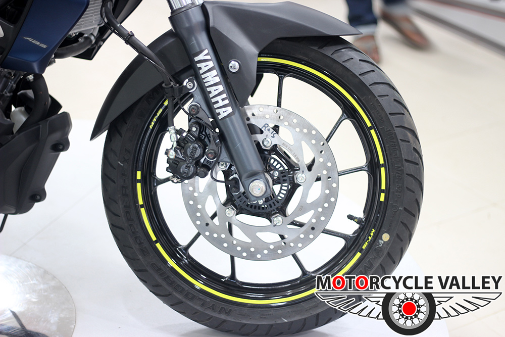 Yamaha-MT-15-Features-Review-Front-Wheel